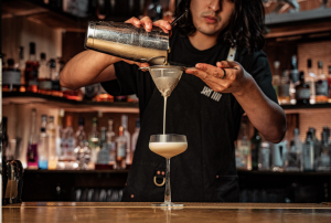 Cocktail in the making | Nine Lives | London Bridge