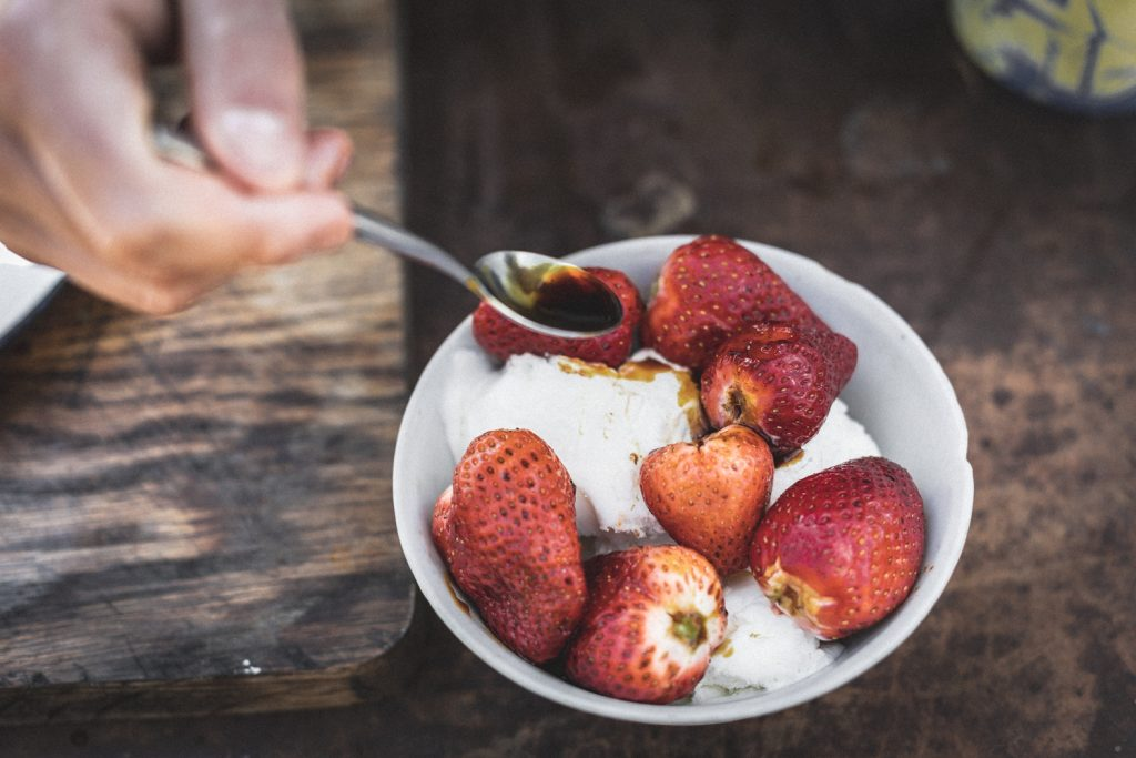 BBQ strawberries and cream